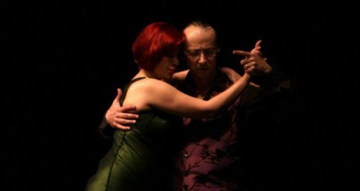 daniel-amalia-tangotangent-un-tango-mas-embrace